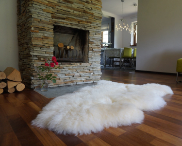"GIANT SHEEPSKIN 50 ""x 30"" White Throw Genuine leather Sheep Skin Decorative rug Natural comfy, cozy, hair is very thick, shiny !"