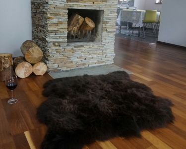 "GIANT SHEEPSKIN Double XXL Brown Throw Genuine leather Sheep Skin 50"" x 50"" Decorative rug Natural comfy,cozy, hair is very thick, shiny !"