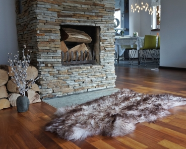 "GIANT SHEEPSKIN Mouflon Throw Genuine leather Sheep Skin Decorative rug 50x 30"" comfy, cozy, hair is very thick, shiny !"