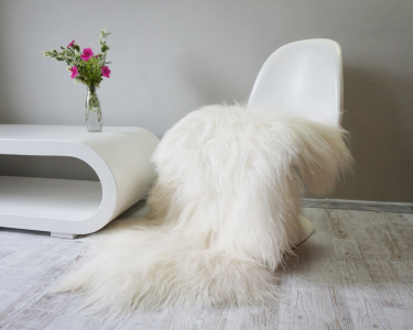 "GIANT SHEEPSKIN Iceland White Throw Genuine leather Sheep Skin 50 ""x 30"" Decorative rug black comfy, cozy, hair is very thick, shiny !"