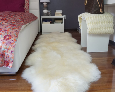 "GIANT SHEEPSKIN Duble XXL White Throw Genuine leather Sheep Skin 79"" x 30"" Decorative rug Natural comfy, cozy, hair is very thick, shiny !"